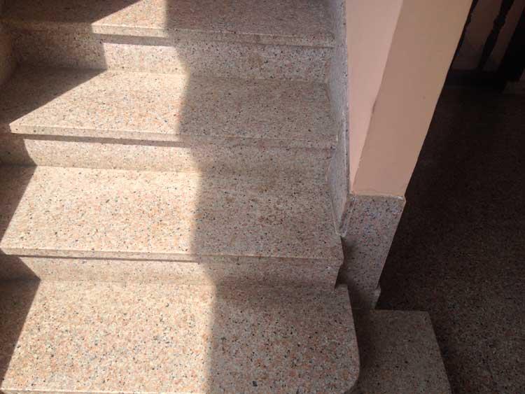 Vendita e fornitura scale in granito vercelli - Granito per scale ...