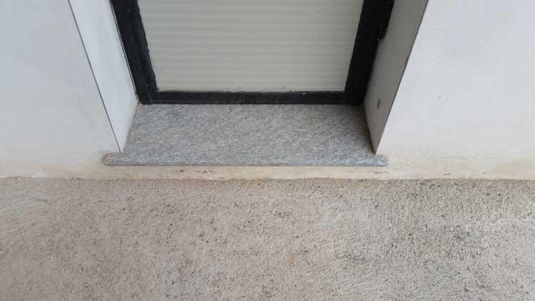 Vendita e fornitura soglie pietra di luserna serizzo vercelli - Soglie per finestre ...