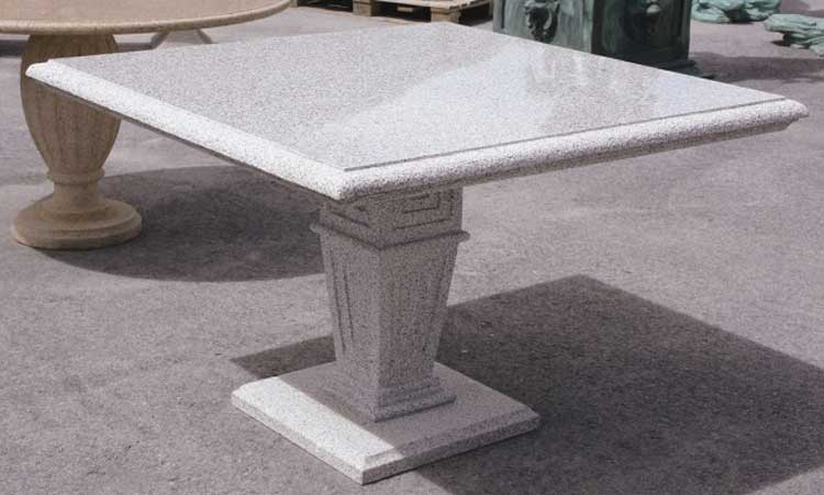 Vendita e fornitura Tavoli in Pietra di Luserna o Serizzo Vercelli